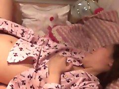 Fingering japanese babe