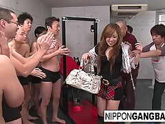 Real chinese student in a penetrate and suck gangbang